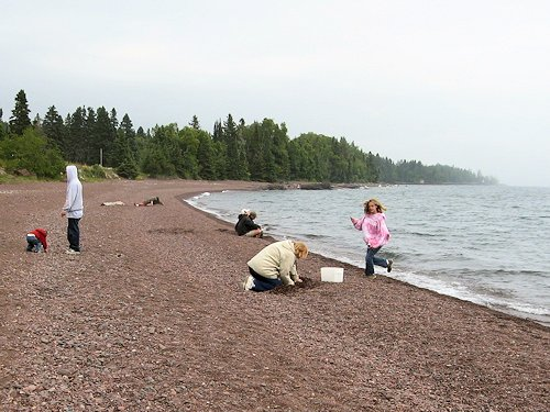 hunting lake superior agates at Paradise Beach
