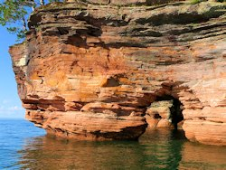bayfield sea caves