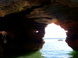 bayfield apostle islands sea caves
