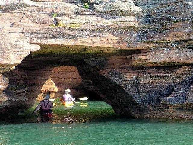 Apostle Islands   Sea Caves Boat Tour