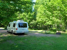Little Girls Point Campsites