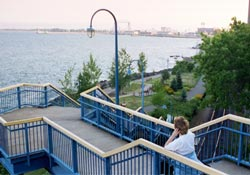 entering duluth lakewalk